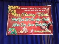 Sinh hoạt kỉ niệm ngày thành lập Đảng CSVN và phát quà tết cho các em học sinh khó khăn có thành tích học tập tốt