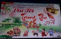 Tổ chức Trung Thu cho con em CBCN-VC trường THCS Phan Bội Châu