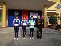 Trao thưởng các lớp và cá nhân có thành tích tốt trong đợt thi đua  chào mừng 20-11